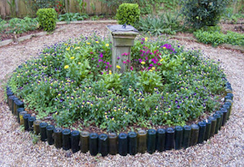 11 Creative Recycled Gardening Ideas From Old Materials - Genmice
