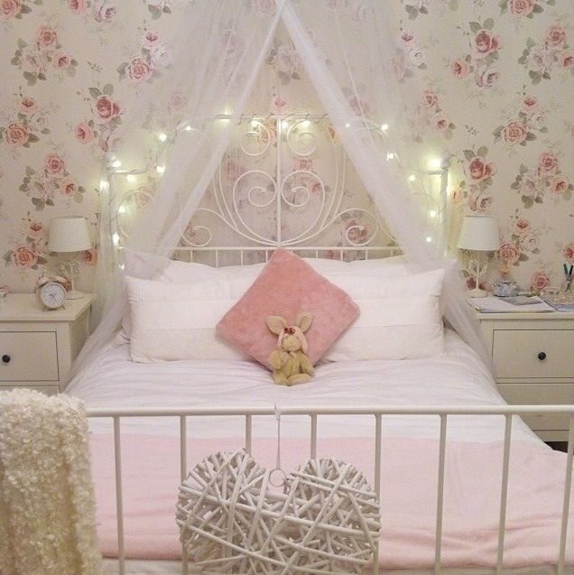 Attractive #7 Girls Floral Bedroom Ideas