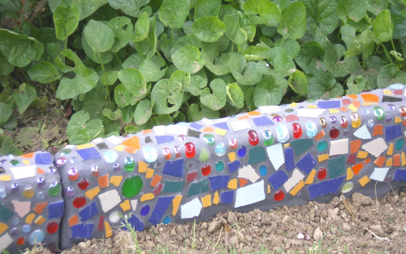 Give A Smart Ideas To Your Garden Edging With A Diy Look - Genmice