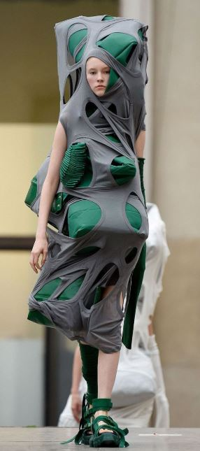 Why Are Runway Clothes So Weird: 10 Weird And Crazy Runway Fashion That Only Insane People